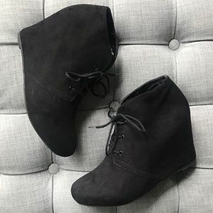 Shoes - ‼️SALE‼️Black Suede Lace-up Wedge Booties Size 8